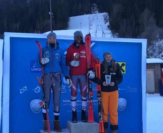 Anna Rauchmann gewinnt beim Landescup Slalom in Neukirchen